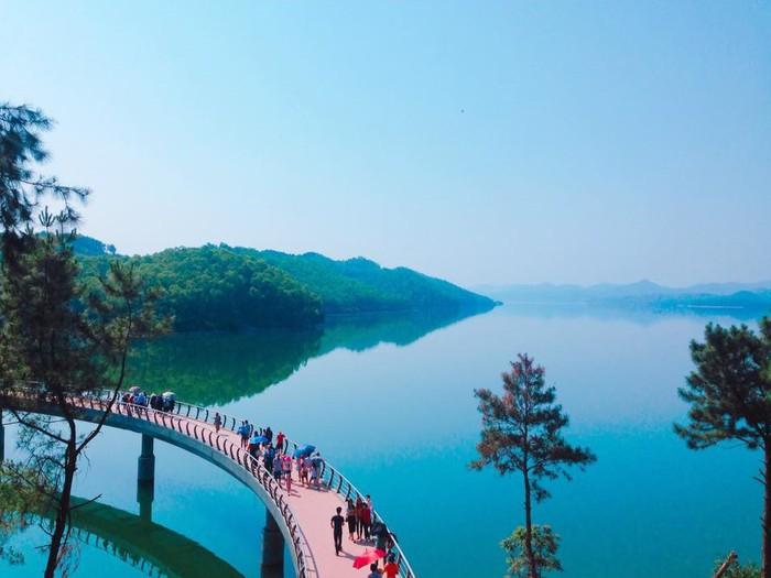 Những trải nghiệm không nên bỏ lỡ ở hồ Kẻ Gỗ, Hà Tĩnh - Ảnh 6.