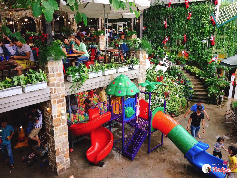 5 quán cà phê sân vườn thích hợp làm địa điểm họp lớp ngày 20/11 ở TP HCM - Ảnh 12.