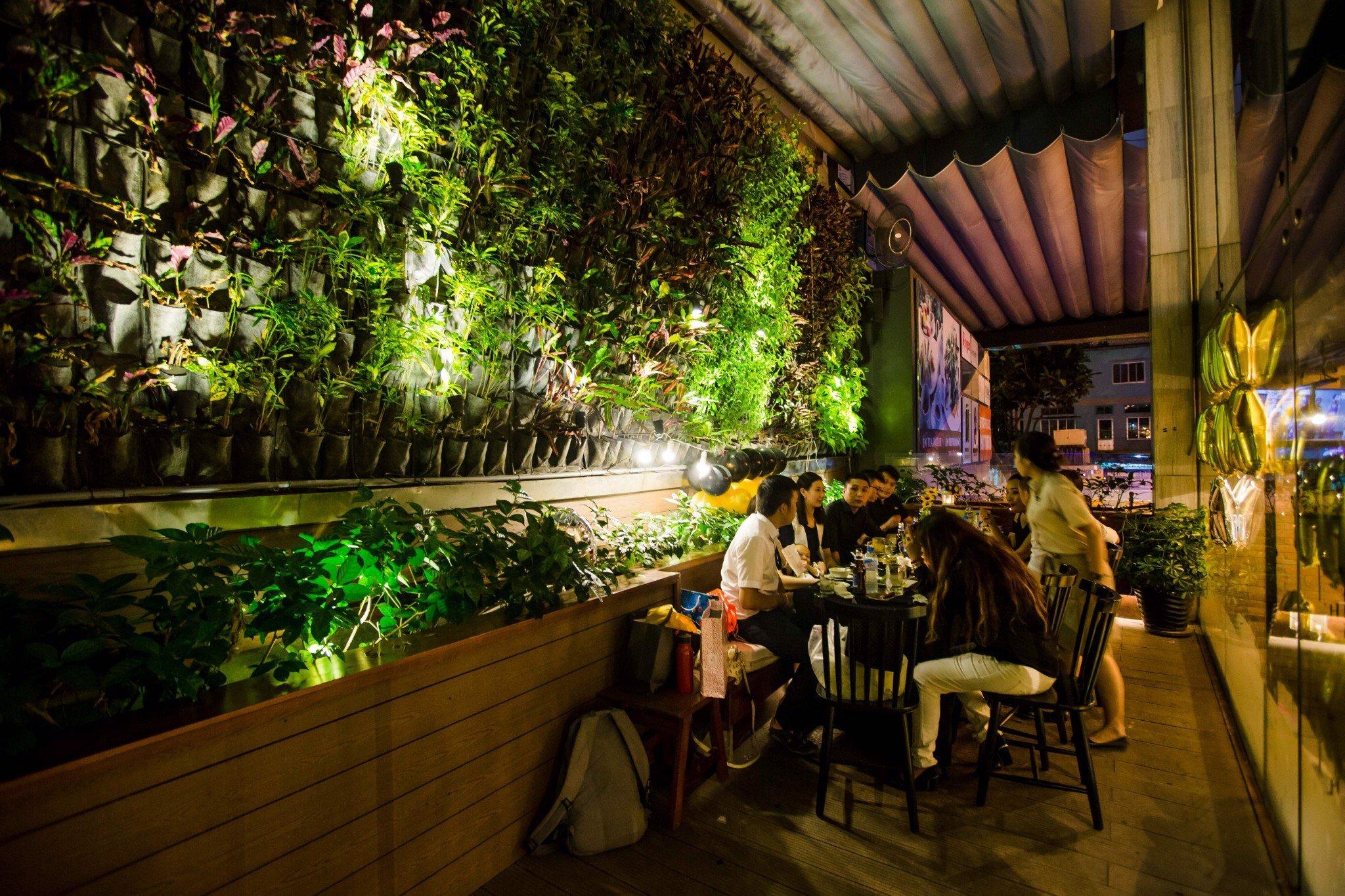 5 quán cà phê sân vườn thích hợp làm địa điểm họp lớp ngày 20/11 ở TP HCM - Ảnh 19.