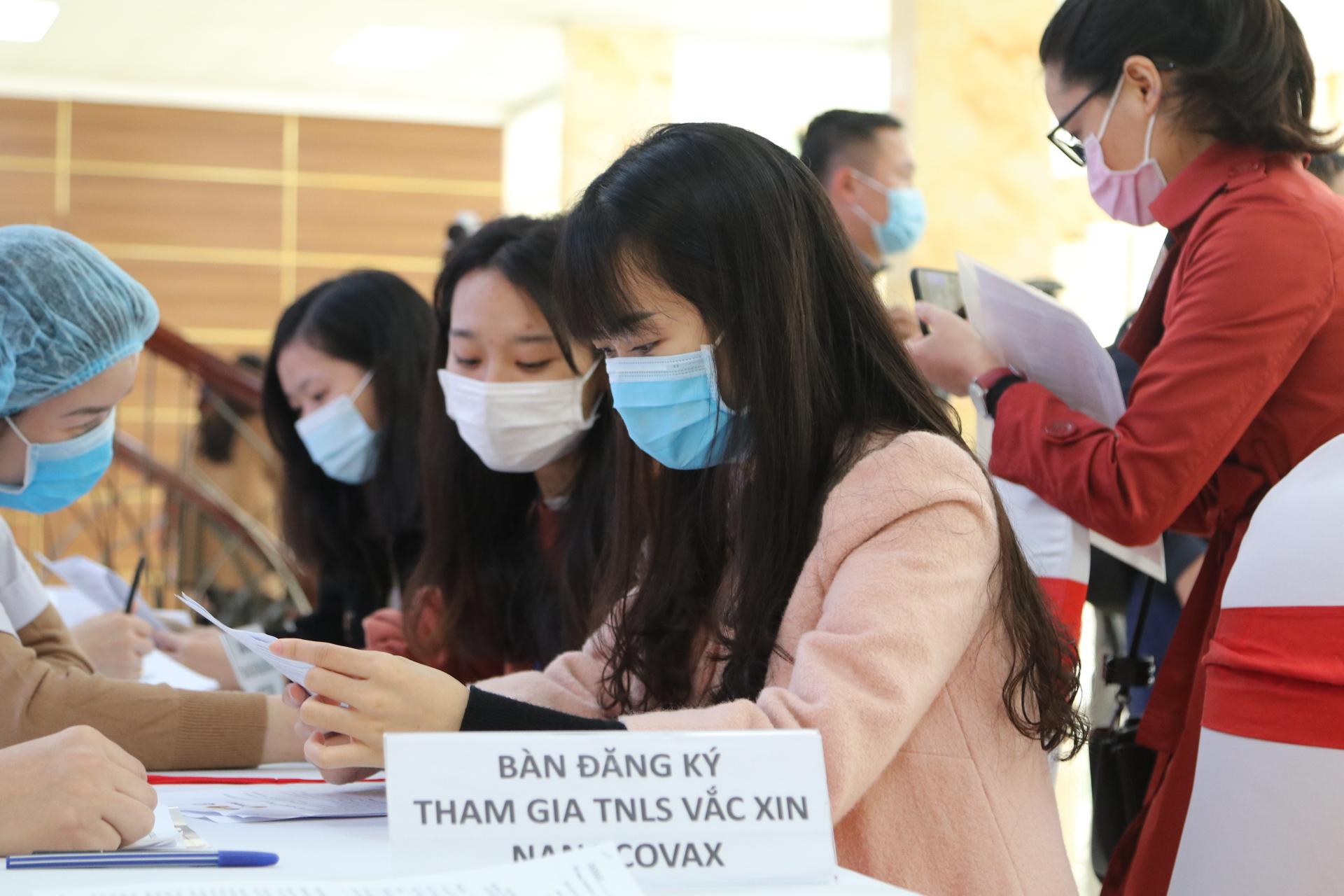 Giá vắc xin COVID-19 đầu tiên của Việt Nam dự kiến 120.000 đồng/ liều - Ảnh 1.