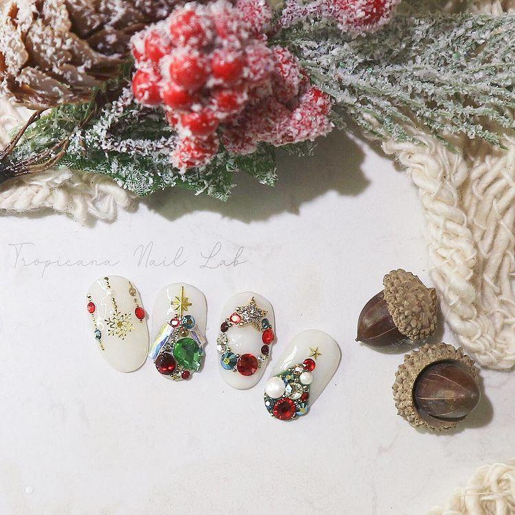 Hưởng ứng Noel bằng những mẫu nail có họa tiết nổi bật và độc đáo - Ảnh 8.
