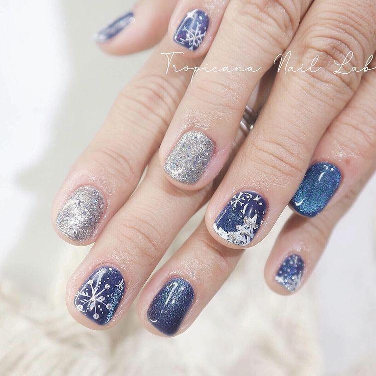 Hưởng ứng Noel bằng những mẫu nail có họa tiết nổi bật và độc đáo - Ảnh 20.