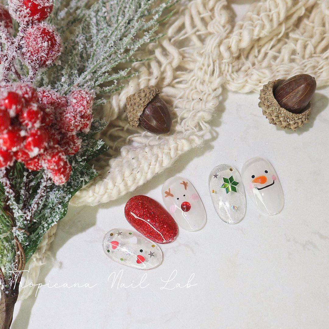 Hưởng ứng Noel bằng những mẫu nail có họa tiết nổi bật và độc đáo - Ảnh 30.