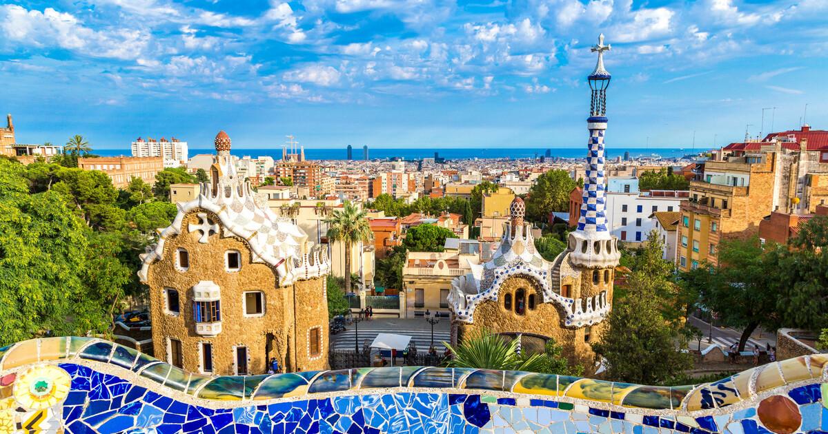 Trải nghiệm du lịch ảo đến Barcelona, thành phố xinh đẹp và quyến rũ nhất Tây Ban Nha - Ảnh 4.