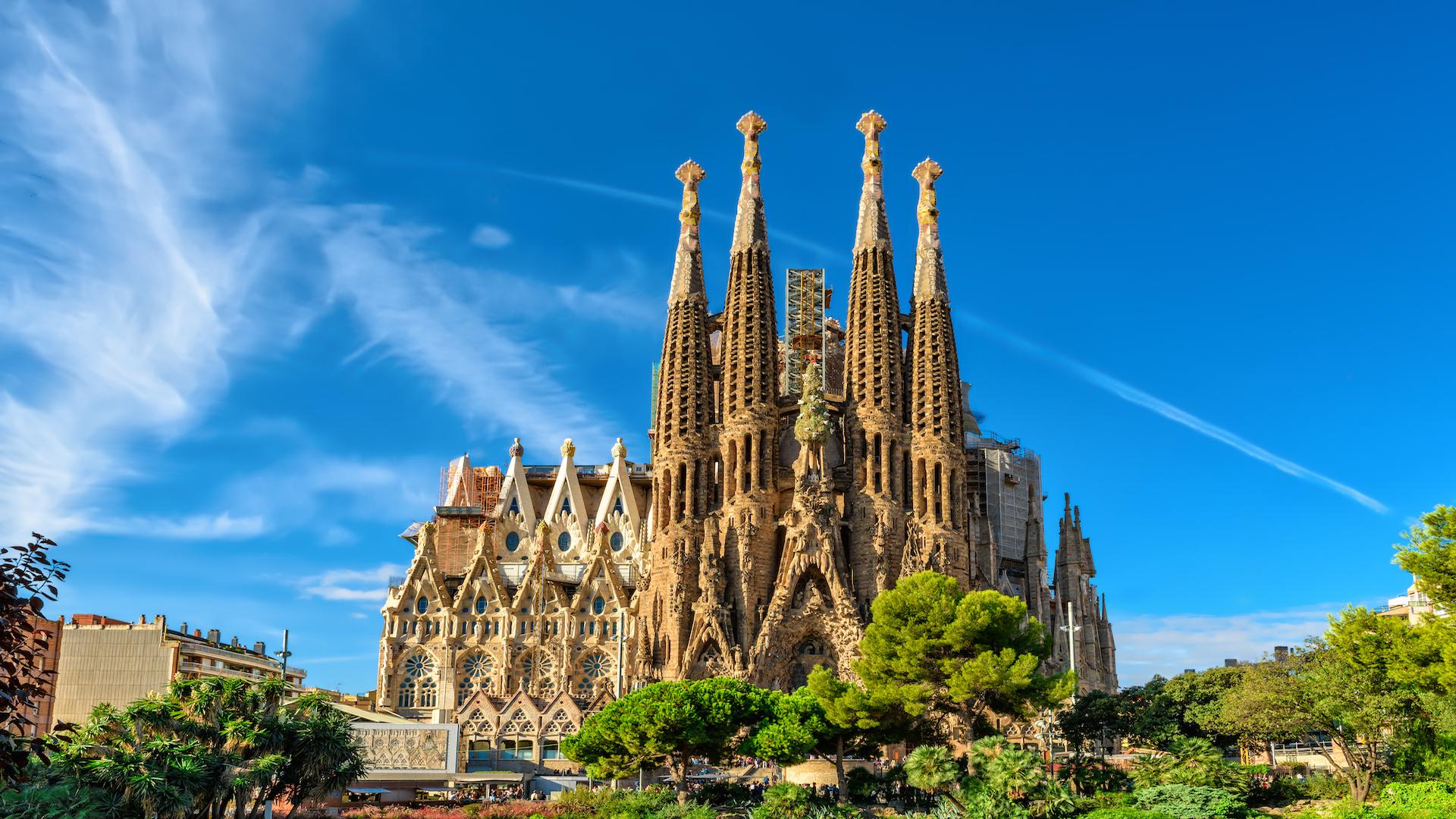 Trải nghiệm du lịch ảo đến Barcelona, thành phố xinh đẹp và quyến rũ nhất Tây Ban Nha - Ảnh 3.