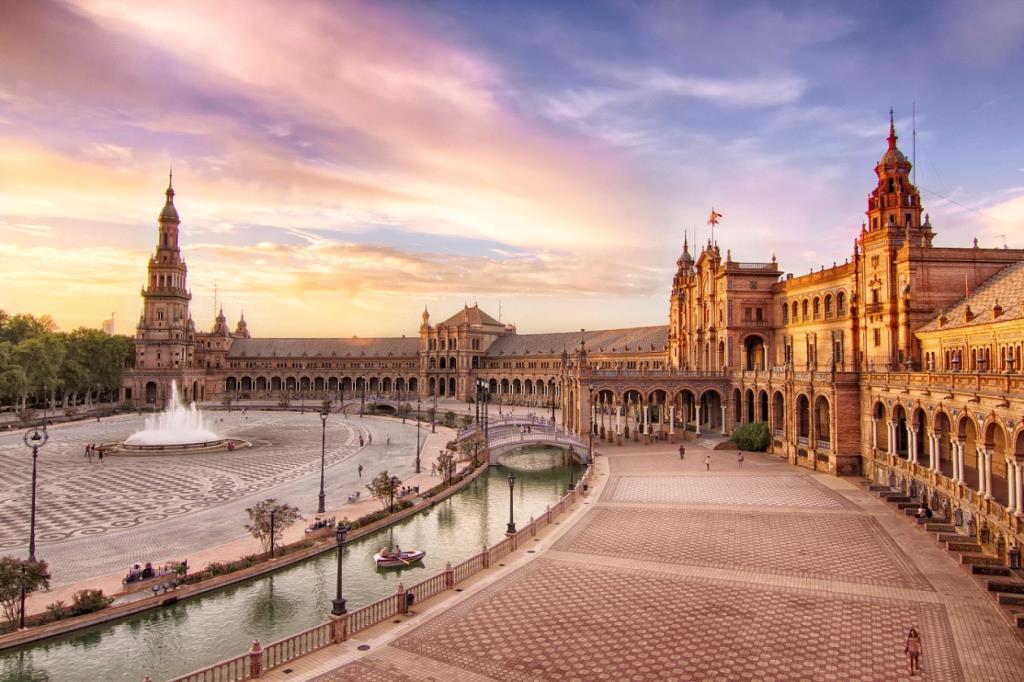 Trải nghiệm du lịch ảo đến Barcelona, thành phố xinh đẹp và quyến rũ nhất Tây Ban Nha - Ảnh 2.