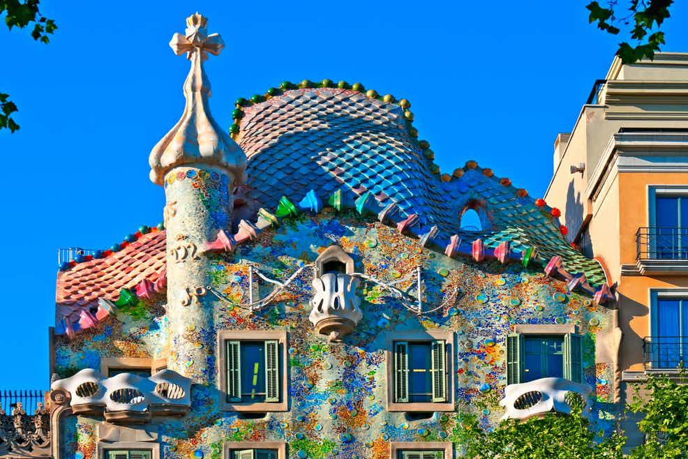 Trải nghiệm du lịch ảo đến Barcelona, thành phố xinh đẹp và quyến rũ nhất Tây Ban Nha - Ảnh 6.