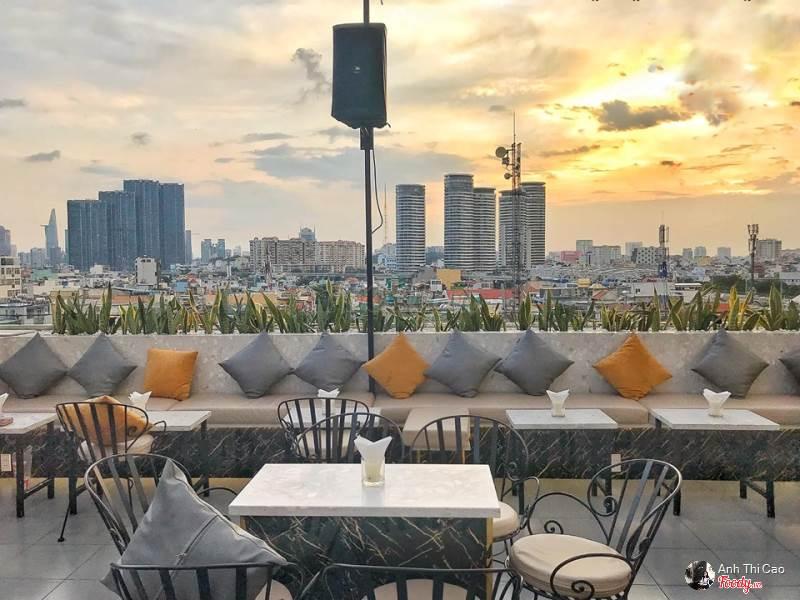 Lưu trọn khoảnh khắc chào năm mới với 15 quán cafe bar view đẹp ngắm pháo hoa  - Ảnh 8.