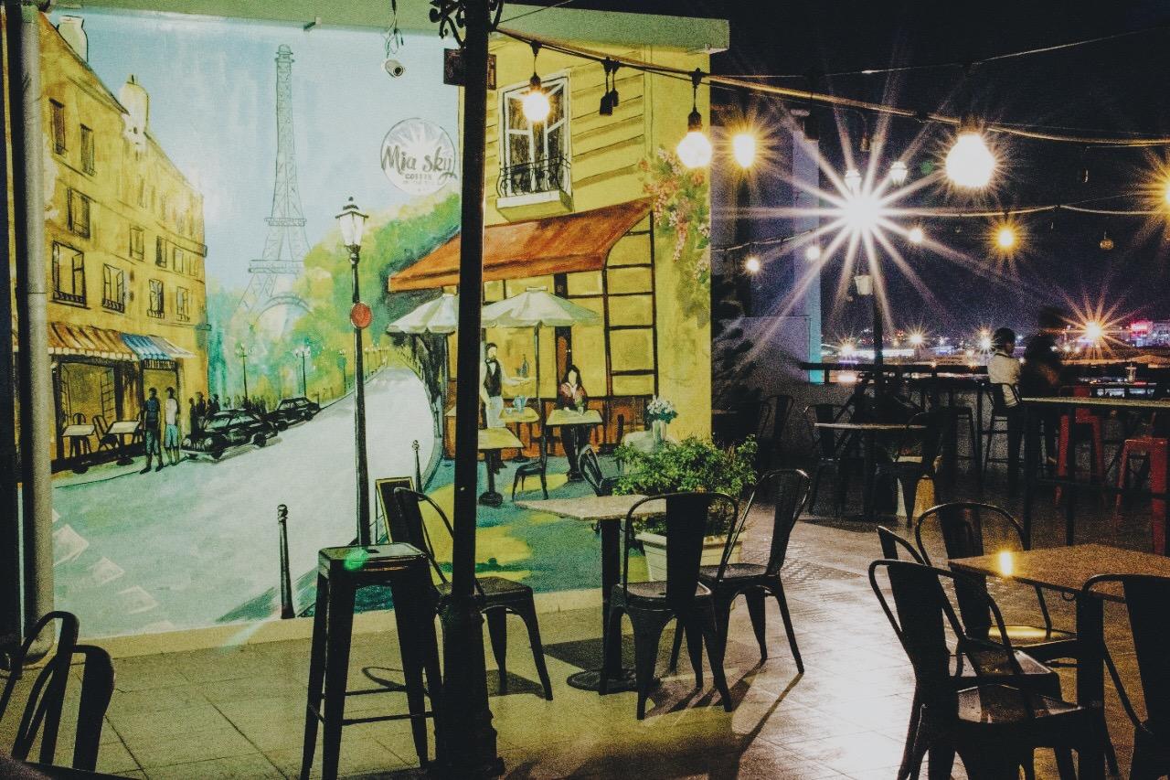 Lưu trọn khoảnh khắc chào năm mới với 15 quán cafe bar view đẹp ngắm pháo hoa  - Ảnh 14.