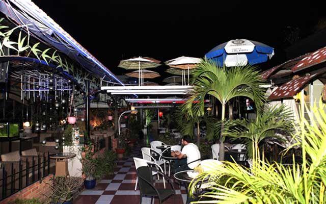 Lưu trọn khoảnh khắc chào năm mới với 15 quán cafe bar view đẹp ngắm pháo hoa  - Ảnh 15.