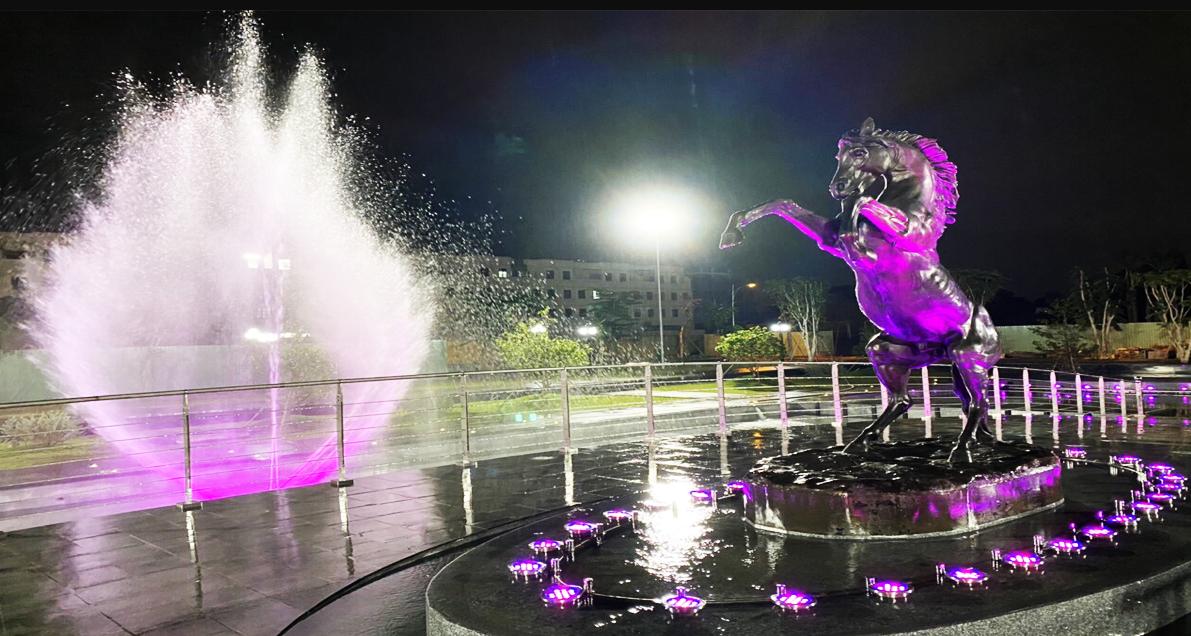 Khám phá Quảng trường nhạc nước Hòa Bình, địa điểm vui chơi mới xuất hiện ở Sài Gòn  - Ảnh 5.