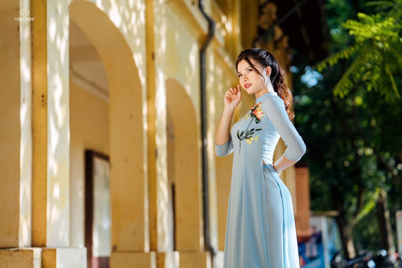 Dịp Tết Dương lịch, chụp ngay bộ ảnh áo dài thướt tha tại 5 địa điểm nổi tiếng ở Hà Nội - Ảnh 12.