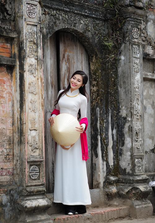Dịp Tết Dương lịch, chụp ngay bộ ảnh áo dài thướt tha tại 5 địa điểm nổi tiếng ở Hà Nội - Ảnh 16.