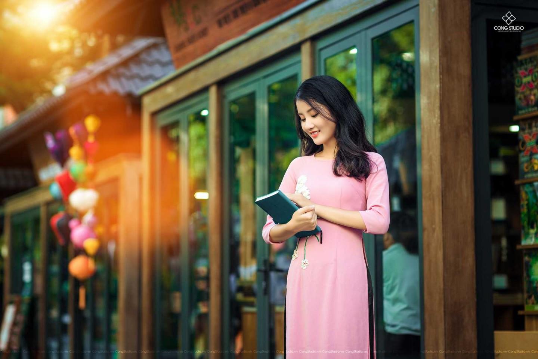 Dịp Tết Dương lịch, chụp ngay bộ ảnh áo dài thướt tha tại 5 địa điểm nổi tiếng ở Hà Nội - Ảnh 2.