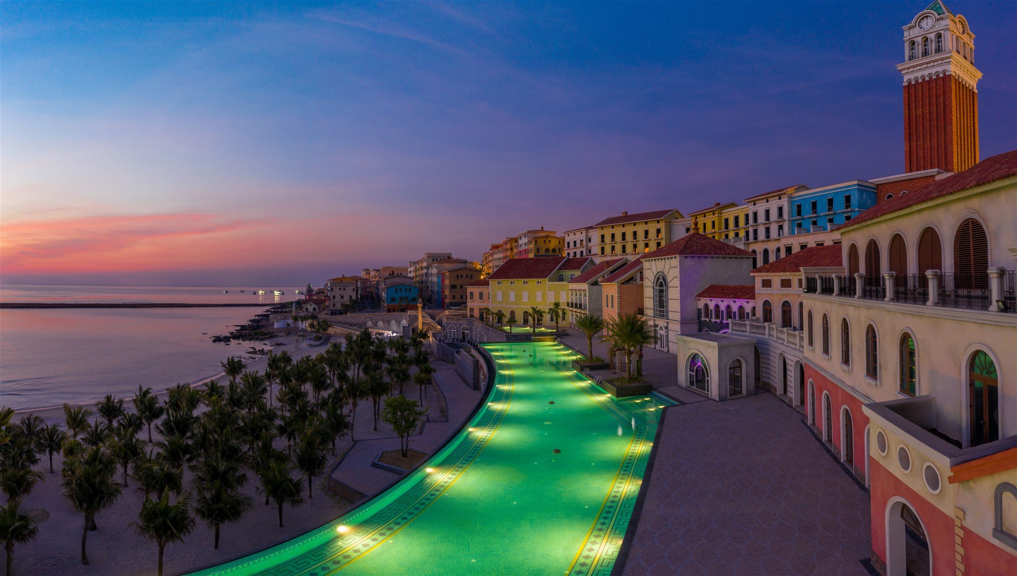 Phó Chủ tịch VNRea nói về tiềm năng bất động sản Phú Quốc vừa lên thành phố - Ảnh 2.