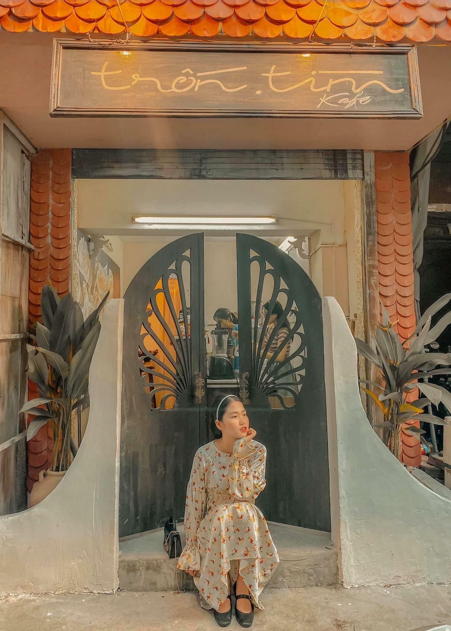 Dịp Tết Dương lịch, ghé thăm những quán cà phê mang phong cách cổ xưa tại Hà Nội  - Ảnh 7.