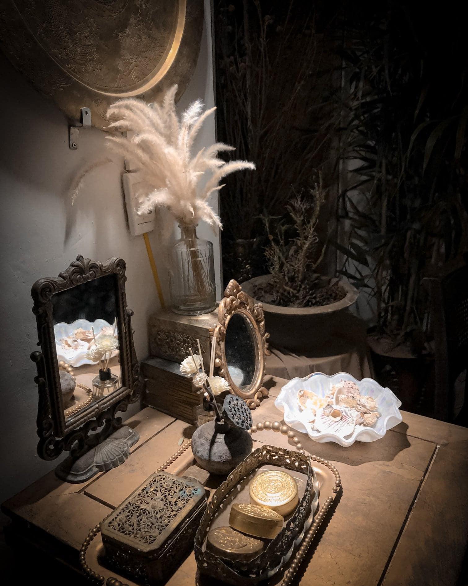 Dịp Tết Dương lịch, ghé thăm những quán cà phê mang phong cách cổ xưa tại Hà Nội  - Ảnh 8.