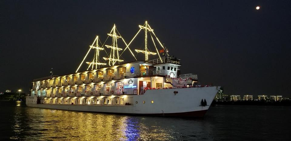 Dịp đầu năm mới, thưởng thức bữa tối sang chảnh tại 5 nhà hàng trên sông Sài Gòn - Ảnh 9.