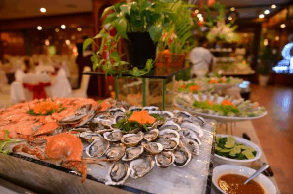Dịp đầu năm mới, thưởng thức bữa tối sang chảnh tại 5 nhà hàng trên sông Sài Gòn - Ảnh 8.
