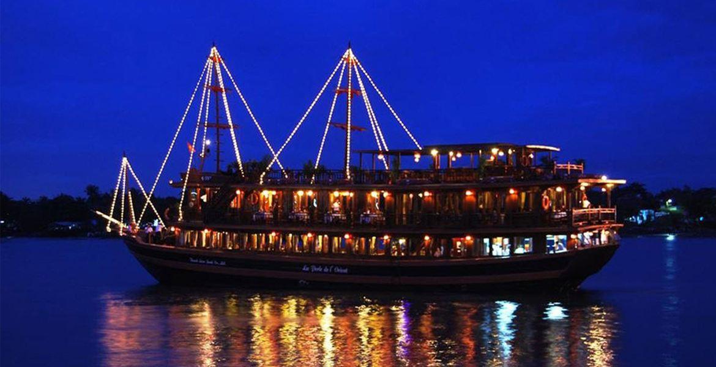 Dịp đầu năm mới, thưởng thức bữa tối sang chảnh tại 5 nhà hàng trên sông Sài Gòn - Ảnh 4.
