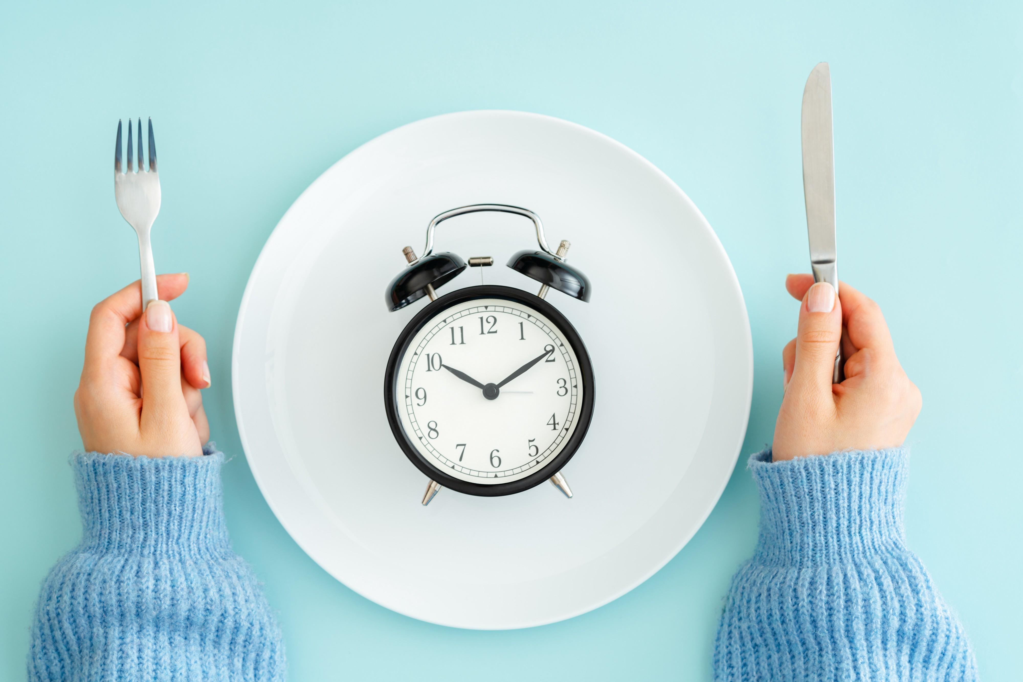 Các cách ăn uống khoa học cho cơ thể khỏe mạnh mà bạn nên thử  - Ảnh 5.