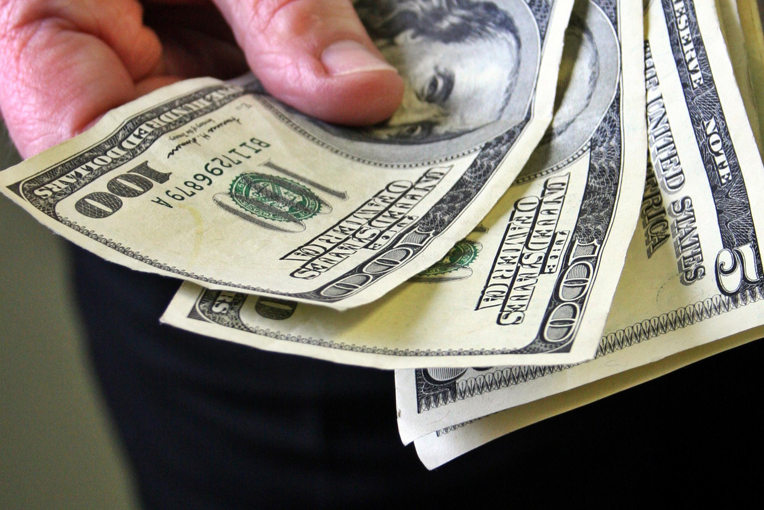 Làm sao để tính số tiền cần tiết kiệm cần trong 5 năm tới? - Ảnh 1.