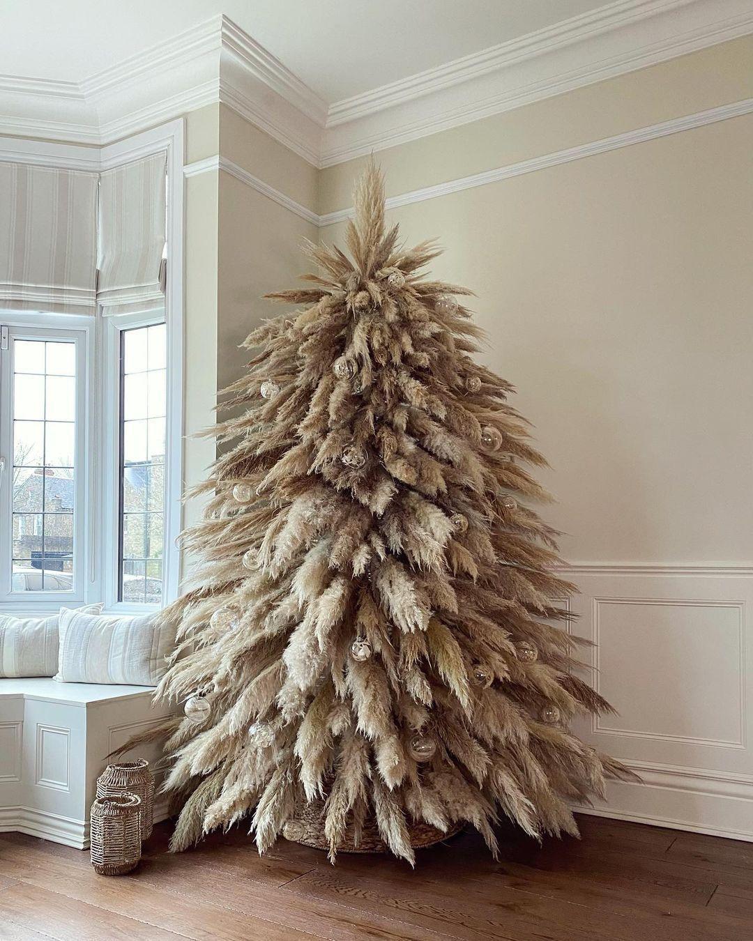 Những xu hướng trang trí cây thông lên ngôi dịp Giáng sinh 2020 - Ảnh 5.