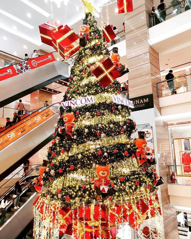 Những xu hướng trang trí cây thông lên ngôi dịp Giáng sinh 2020 - Ảnh 6.