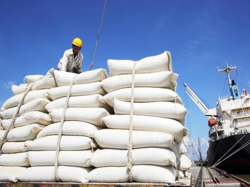 Nóng: Bộ Công Thương phản pháo Bộ Tài chính về xuất khẩu gạo - Ảnh 1.