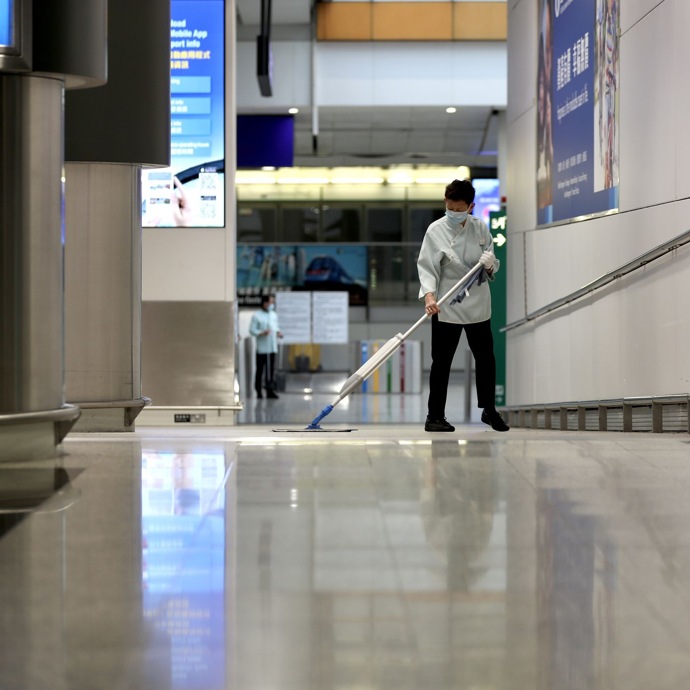"""Khủng hoảng tại các sân bay châu Á """"chạm đáy"""" với lượng hành khách giảm mạnh 95% - Ảnh 4."""