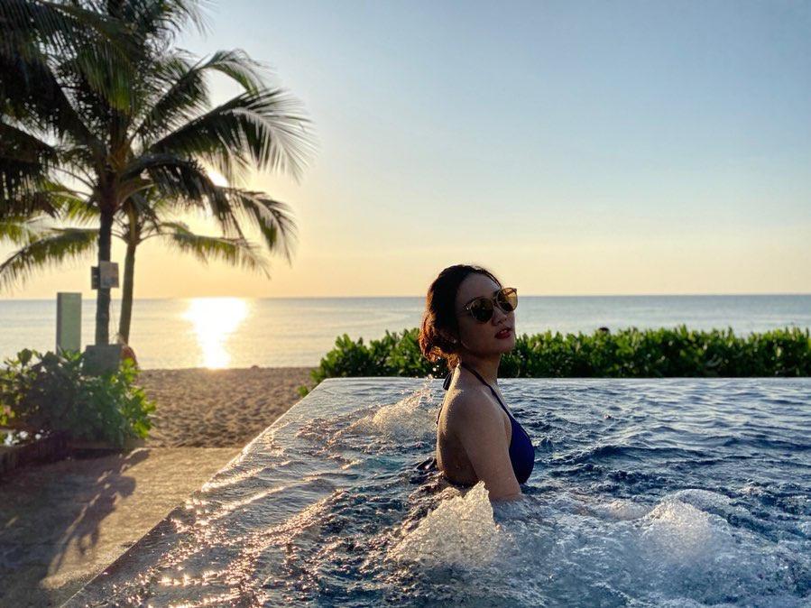 Ngắm hoàng hôn Phú Quốc tại 4 hồ bơi vô cực view đẹp - Ảnh 1.