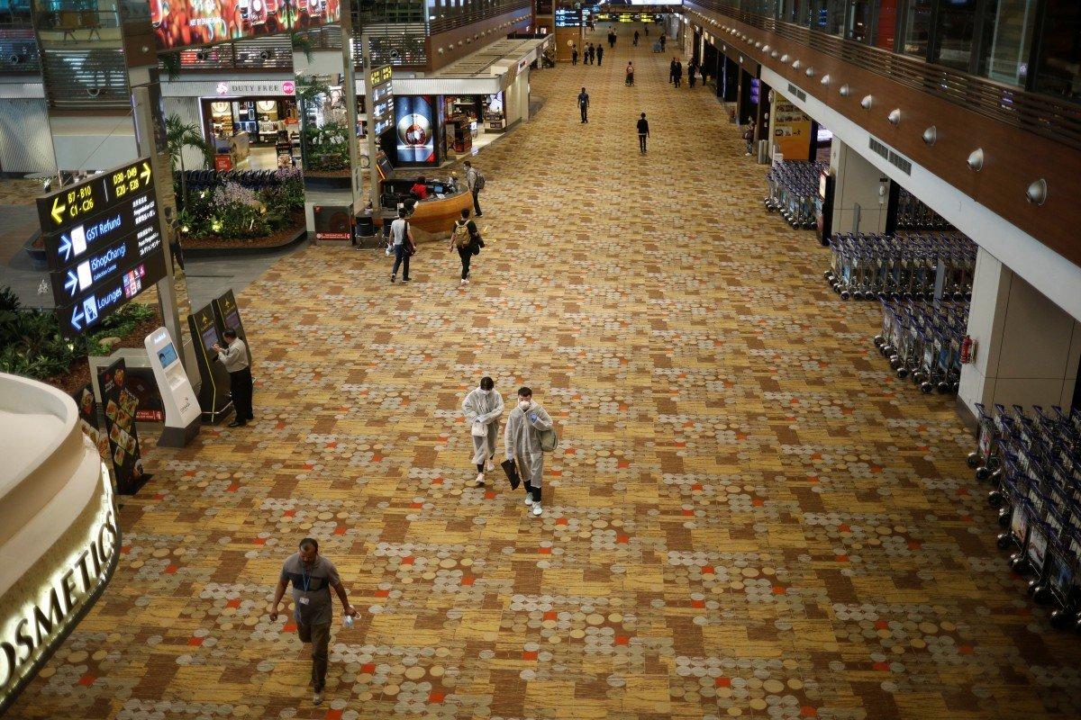 """Khủng hoảng tại các sân bay châu Á """"chạm đáy"""" với lượng hành khách giảm mạnh 95% - Ảnh 1."""