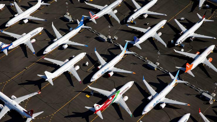 Giá dầu lao xuống dưới 0 USD/thùng đe doạ sự sống còn của Boeing và Airbus - Ảnh 1.