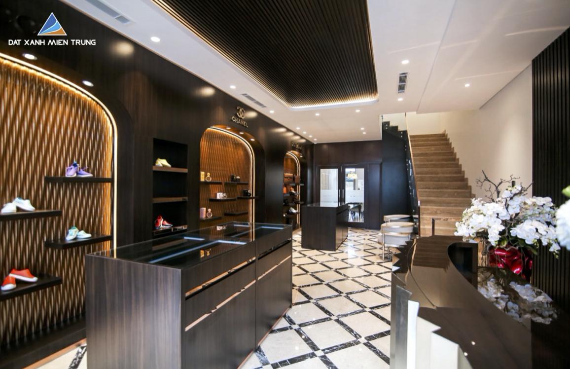 Nội thất cao cấp trong căn nhà mẫu tại dự án Lakesdie Palace.