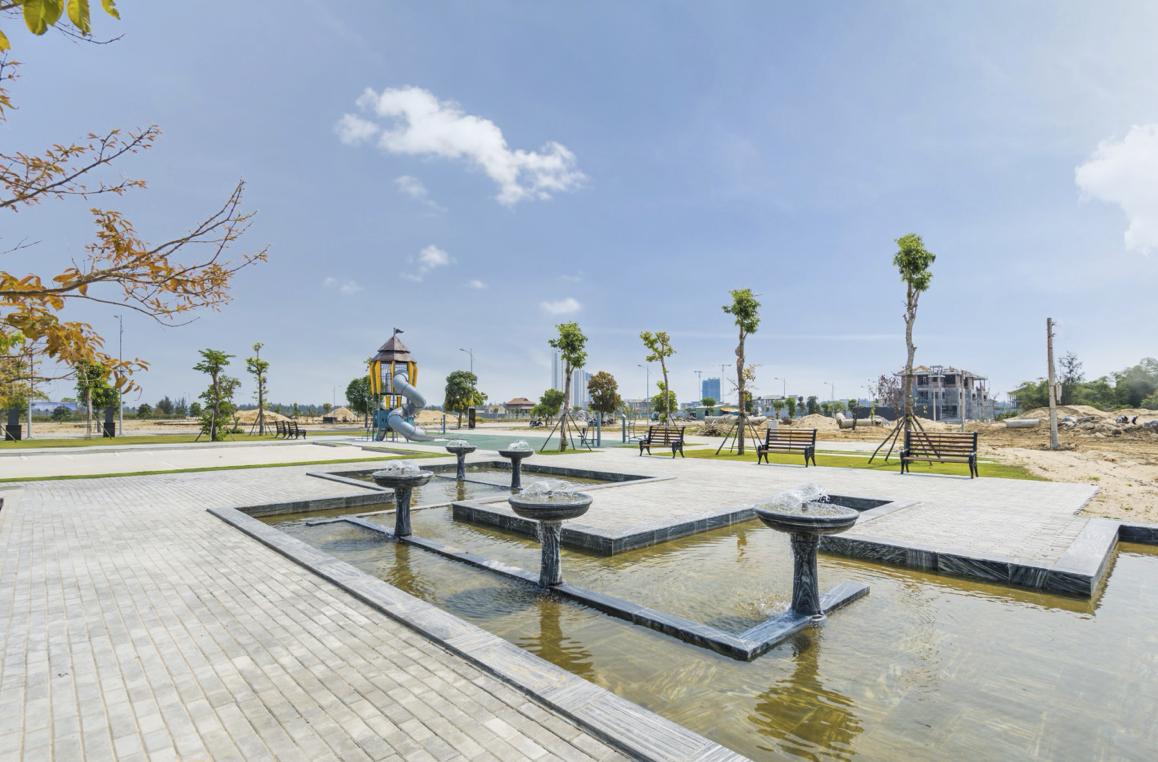 Một góc nhìn về công viên vui chơi tại dự án One World Regency. (Ảnh: ĐXMT).