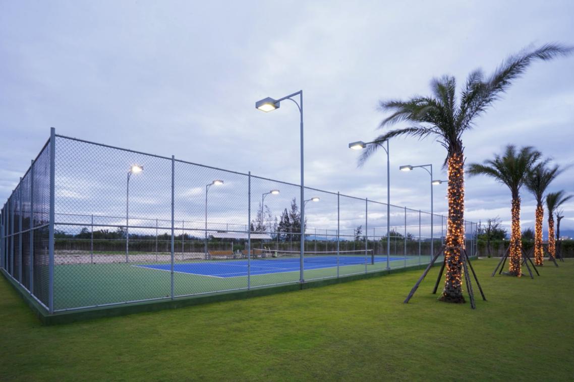 Sân Tennis đã được vận hành và tổ chức nhiều giải đấu địa phương. (Ảnh: ĐXMT).