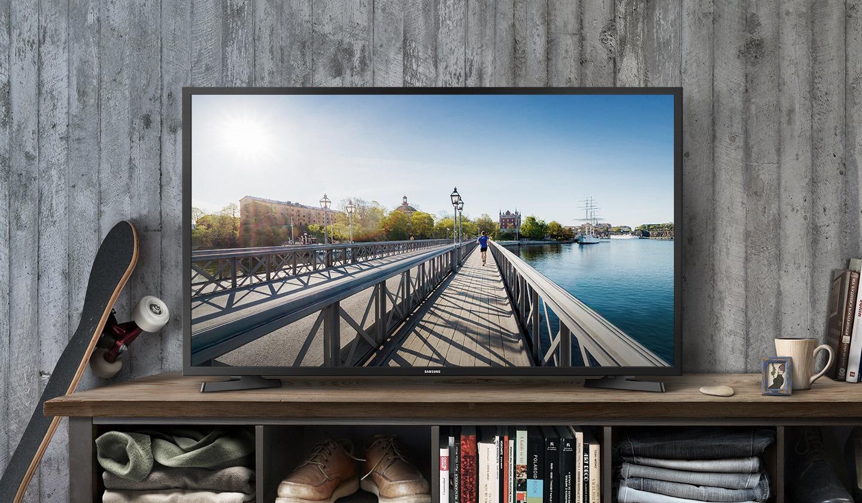 Nhiều tivi giảm giá khi các hoạt động bắt đầu trở lại bình thường - Ảnh 1.