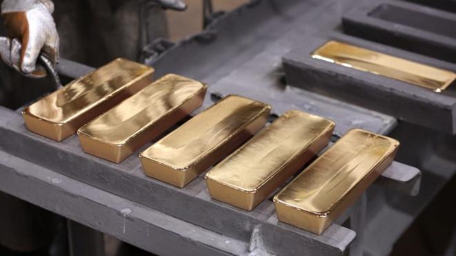 Tại sao vàng là kênh trú ẩn an toàn nhất trong các cuộc khủng hoảng? - Ảnh 1.