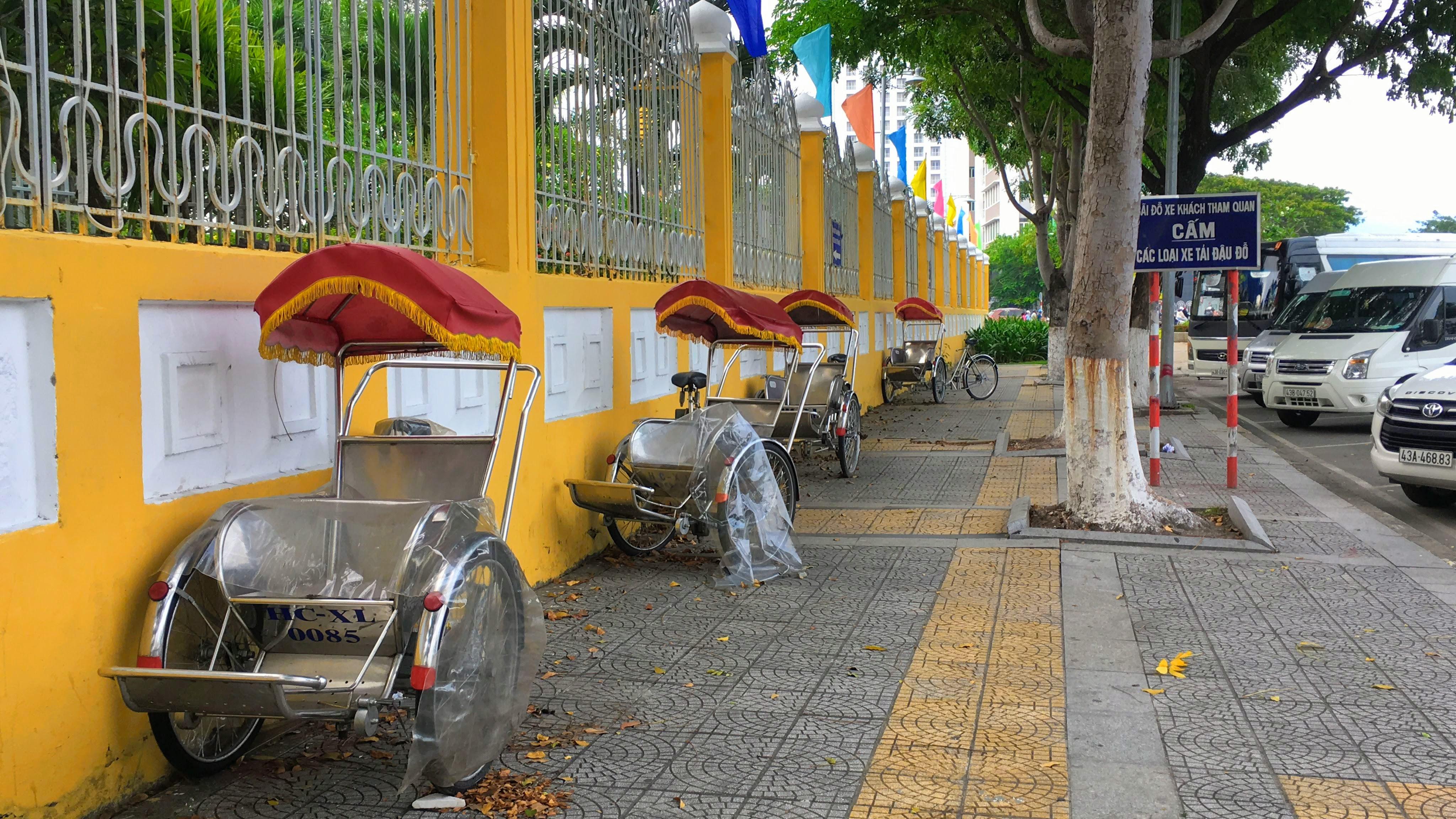 Các điểm du lịch nức tiếng Đà Nẵng trước kì nghỉ lễ 30/4 và 1/5 - Ảnh 12.
