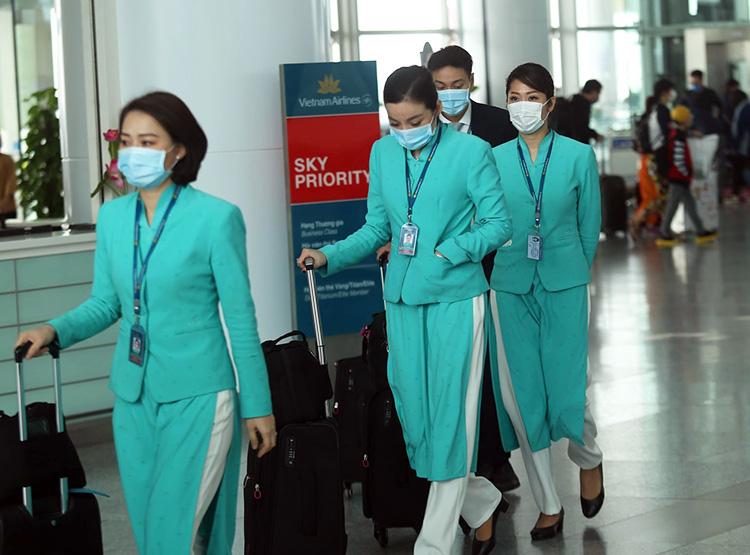 Vietnam Airlines lỗ ròng hơn 2.600 tỉ đồng trong 3 tháng đầu năm vì đại dịch Covid-19 - Ảnh 2.