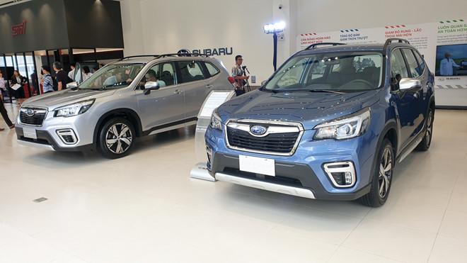9 mẫu ô tô đang giảm giá hàng trăm triệu đồng tại Việt Nam - Ảnh 4.