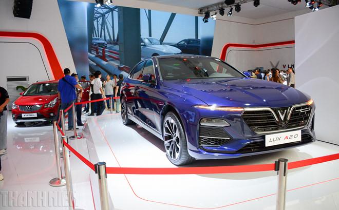 9 mẫu ô tô đang giảm giá hàng trăm triệu đồng tại Việt Nam - Ảnh 7.