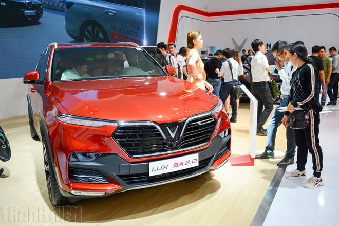 9 mẫu ô tô đang giảm giá hàng trăm triệu đồng tại Việt Nam - Ảnh 8.