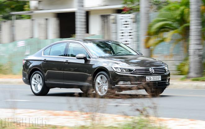 9 mẫu ô tô đang giảm giá hàng trăm triệu đồng tại Việt Nam - Ảnh 6.