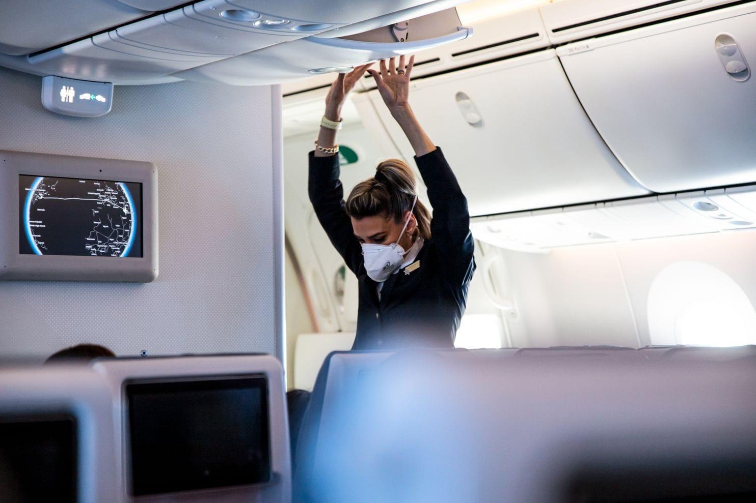 Khách 'chưa dám' bay, kinh doanh hàng không vốn đã chật vật sẽ còn tồi tệ hơn - Ảnh 6.