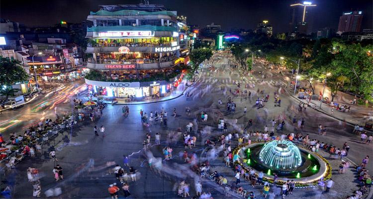 Phố đi bộ hồ Hoàn Kiếm hoạt động trở lại từ ngày 15/5 - Ảnh 1.