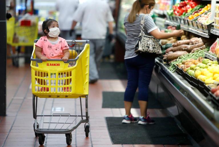 Giá thực phẩm tháng 4 ở Mỹ tăng kỉ lục trong vòng gần 50 năm qua - Ảnh 1.