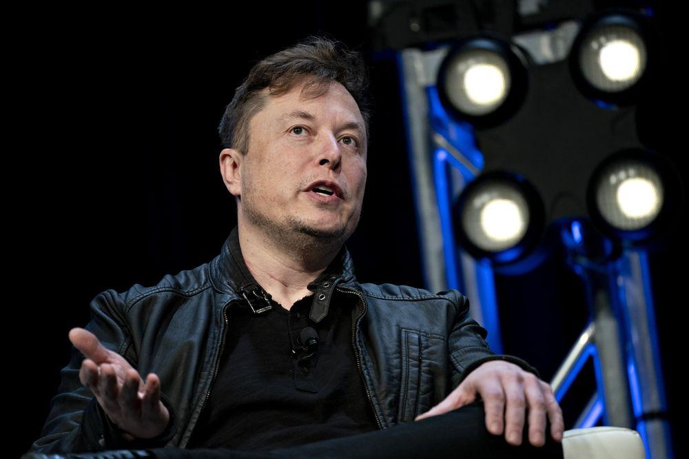 Elon Musk đã liệt kê thêm một số tài sản ở California để bán - Ảnh 1.
