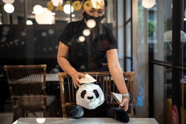 Nhà hàng Việt tại Thái Lan 'tung chiêu' độc lạ thu hút thực khách - Ảnh 2.