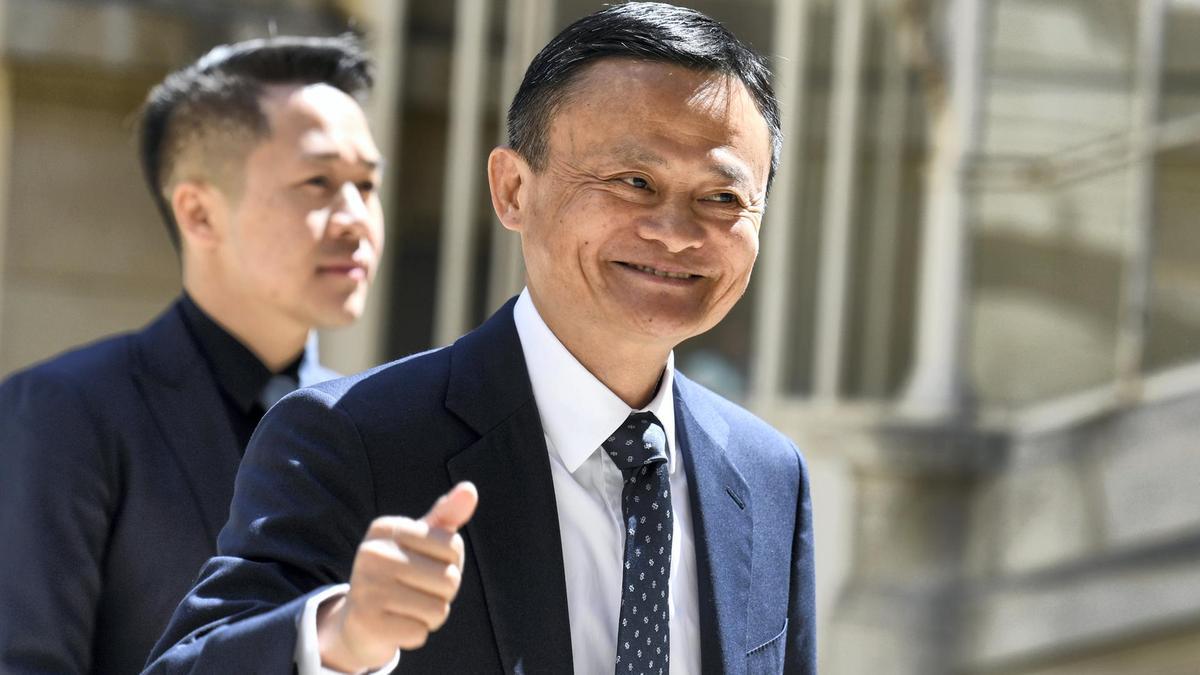 Tỉ phú Mã Hoá Đằng lần thứ 5 vượt Jack Ma thành người giàu nhất Trung Quốc - Ảnh 2.